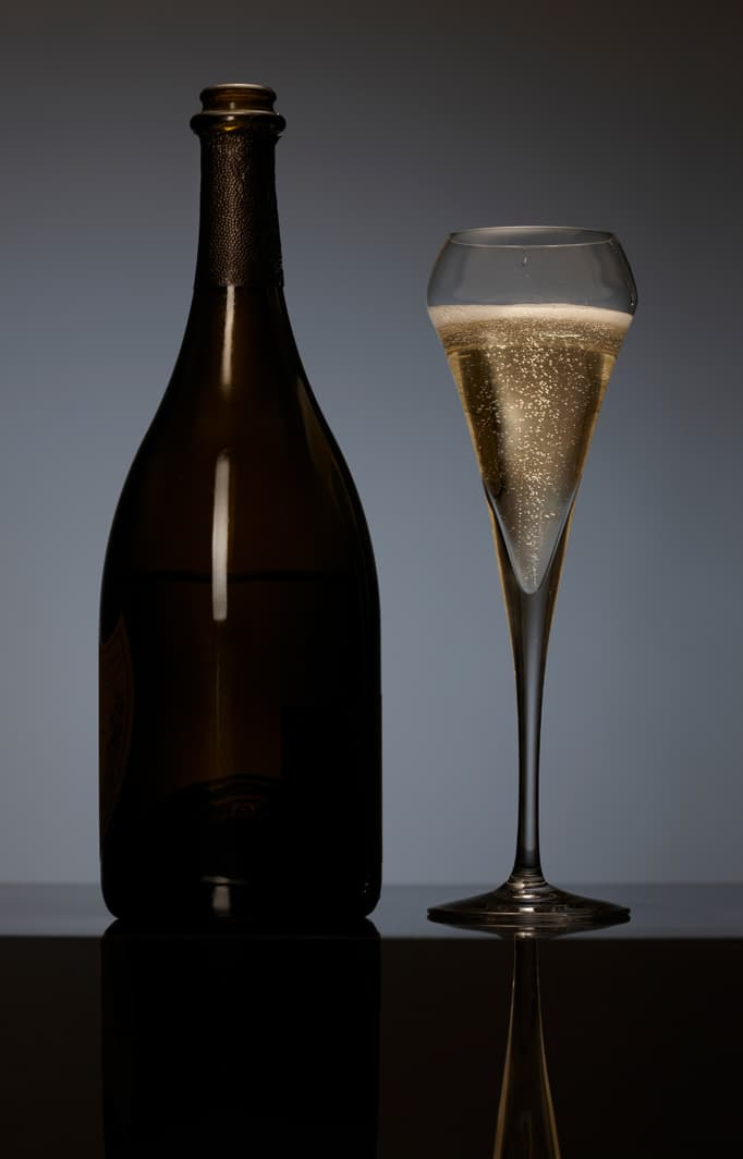 Champagne bottle and glass at Lakeport wedding venue